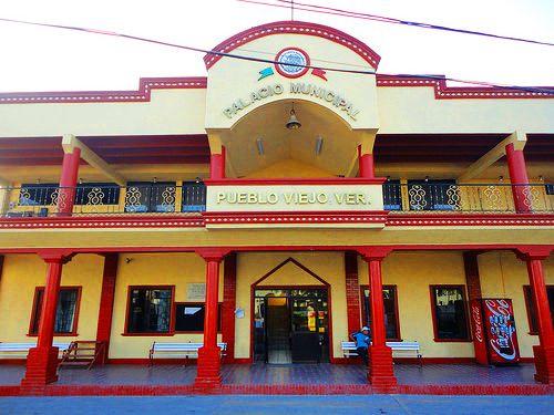PALACIO MUNICIPAL DE PUEBLO VIEJ002